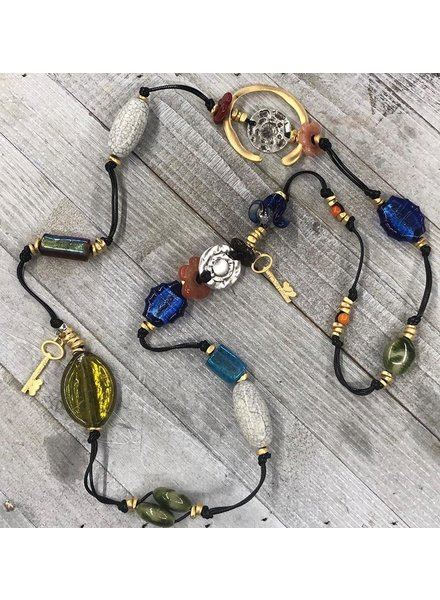 Ceramic and Crystals Necklace