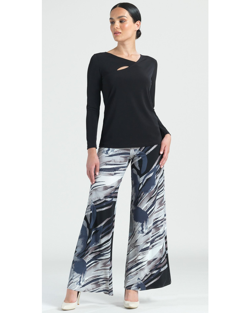 ANGLED NECKLINE SOFT KNIT TOP W/ SMALL CUT OUT DETAIL