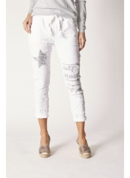 PANTS WITH LACE AND WRITING