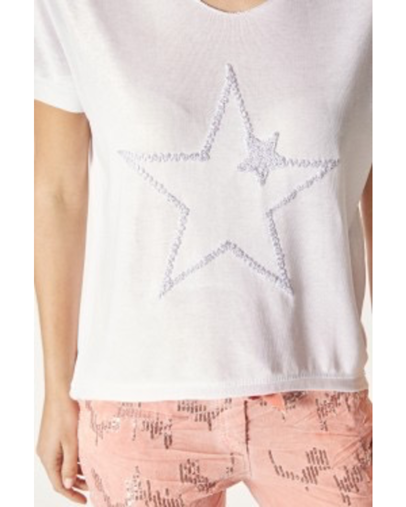 T-SHIRT WITH STAR EMBROIDERED