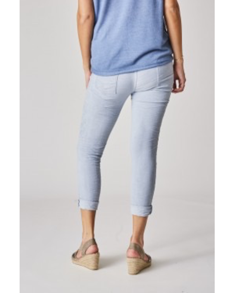 JEGGING PANTS WITH SILVER THREAD EMBROIDERY ON SIDE