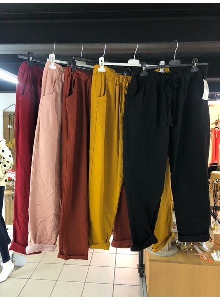 Pants with side pocket