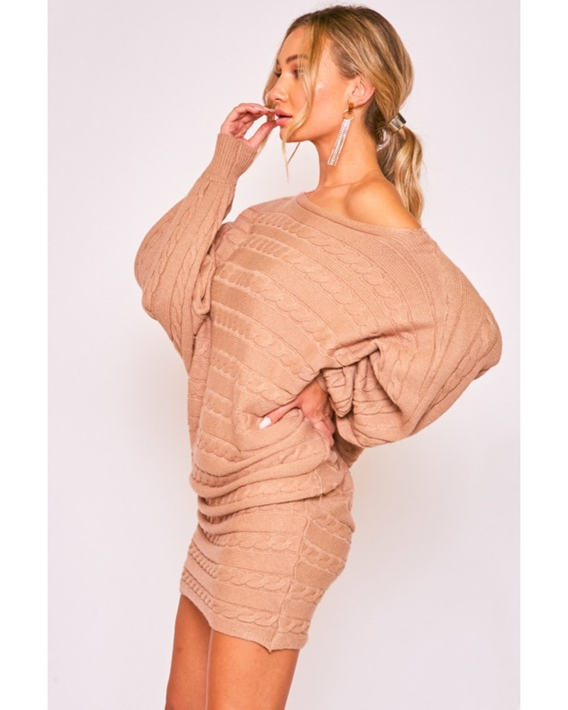CABLE DETAIL DOLLAN SLEEVES SWEATER DRESS