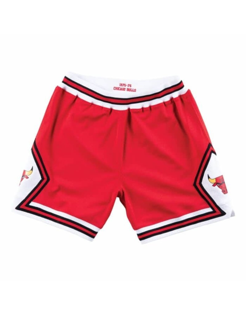Mitchell & Ness Chicago Bulls Authentic Road Shorts 75-76