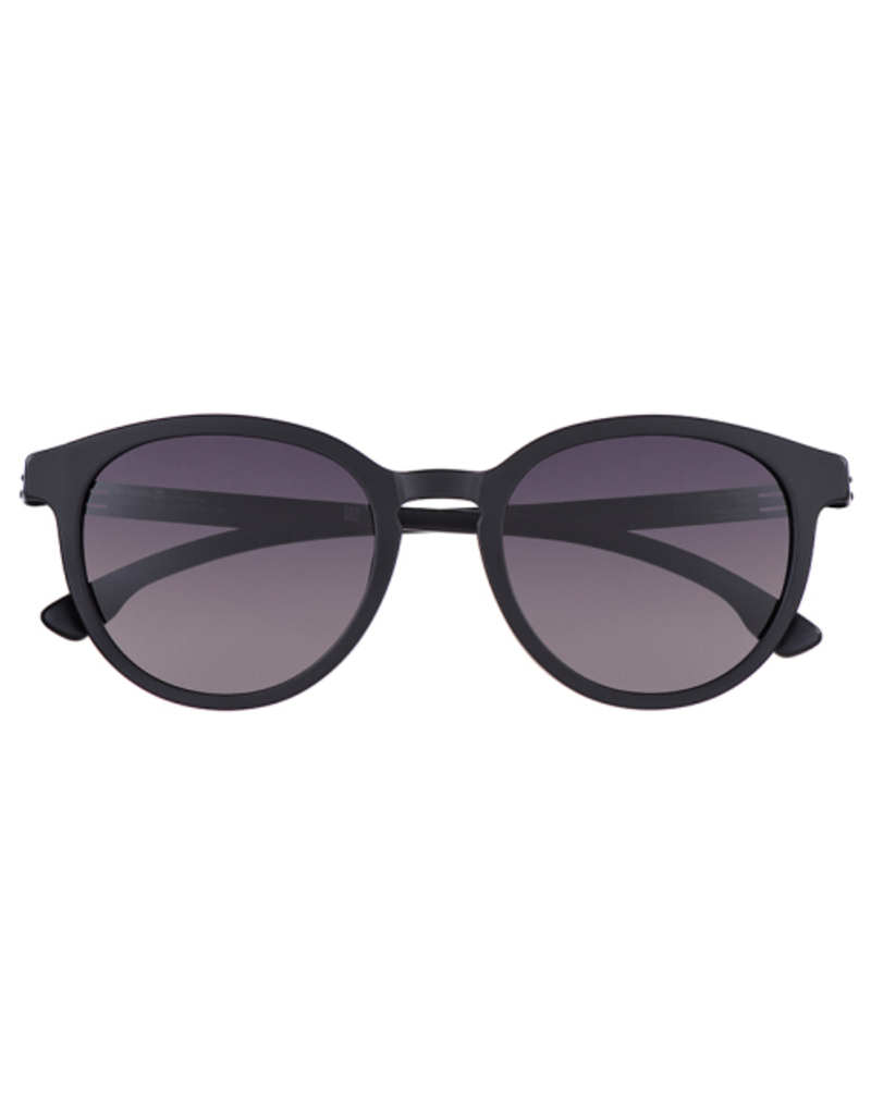 Marco M.: Black Matte with Black to Grey lens