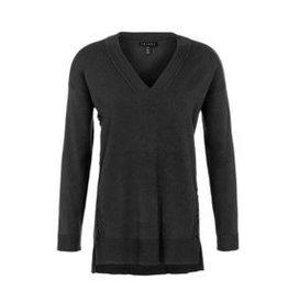 Tribal V Neck Sweater L/S - FA18