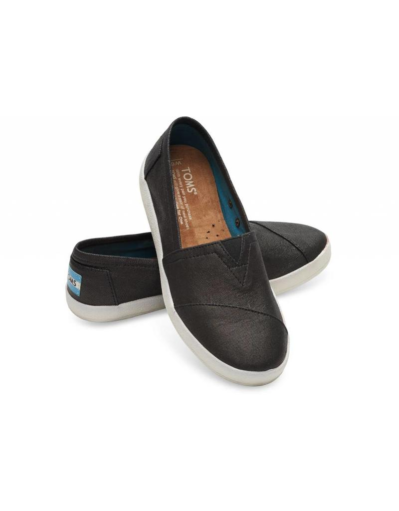 8386521a77c0 The Avalon features all the slip-on goodness of TOMS Classics
