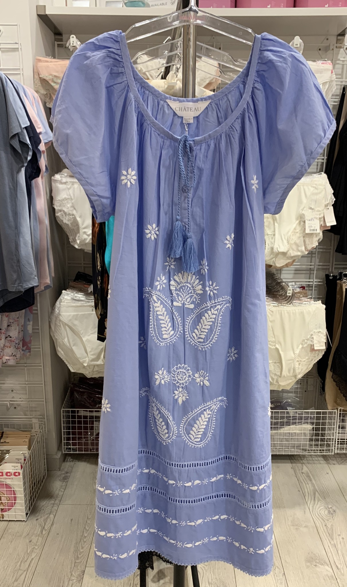 Chateau Chateau Short Nite Blue with White Embroidery CTA403