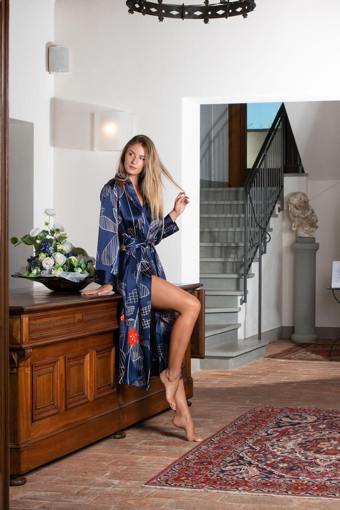 Clara Rossi Clara Rossi Long Silk Robe Dark Blue 5978