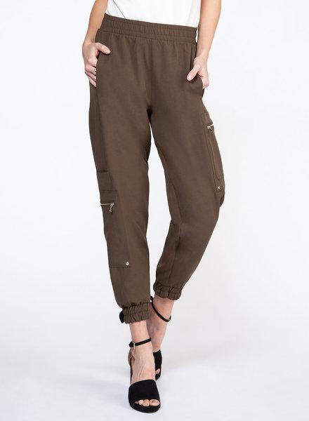 Cargo Pant w/ Zip Detailing