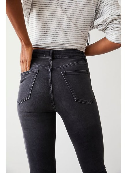 Free People Raw High-Rise Jegging | Black