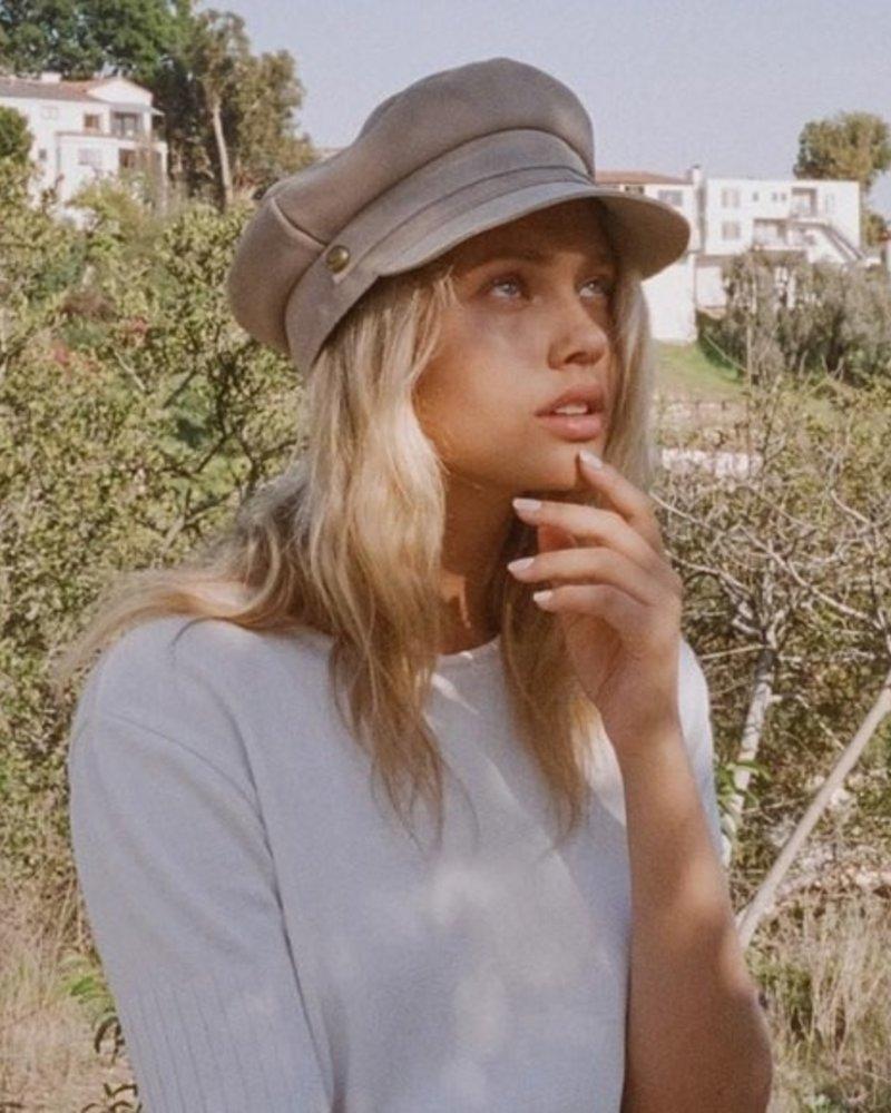 Lola Cap