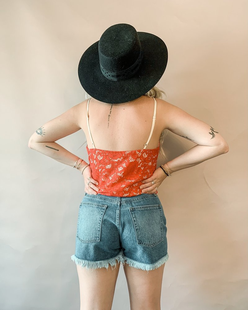 Scallop Lace Cami Bodysuit   Red