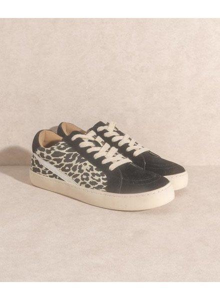 The Jordan   Leopard Lowtop Sneaker