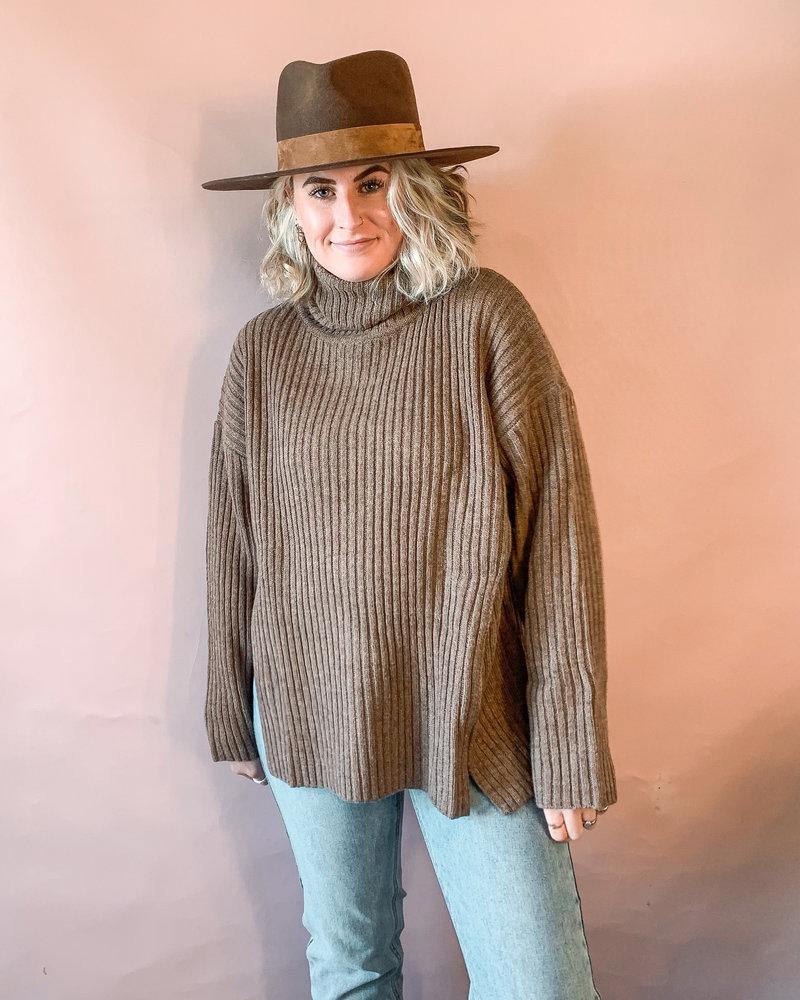Millicent Highneck Pullover