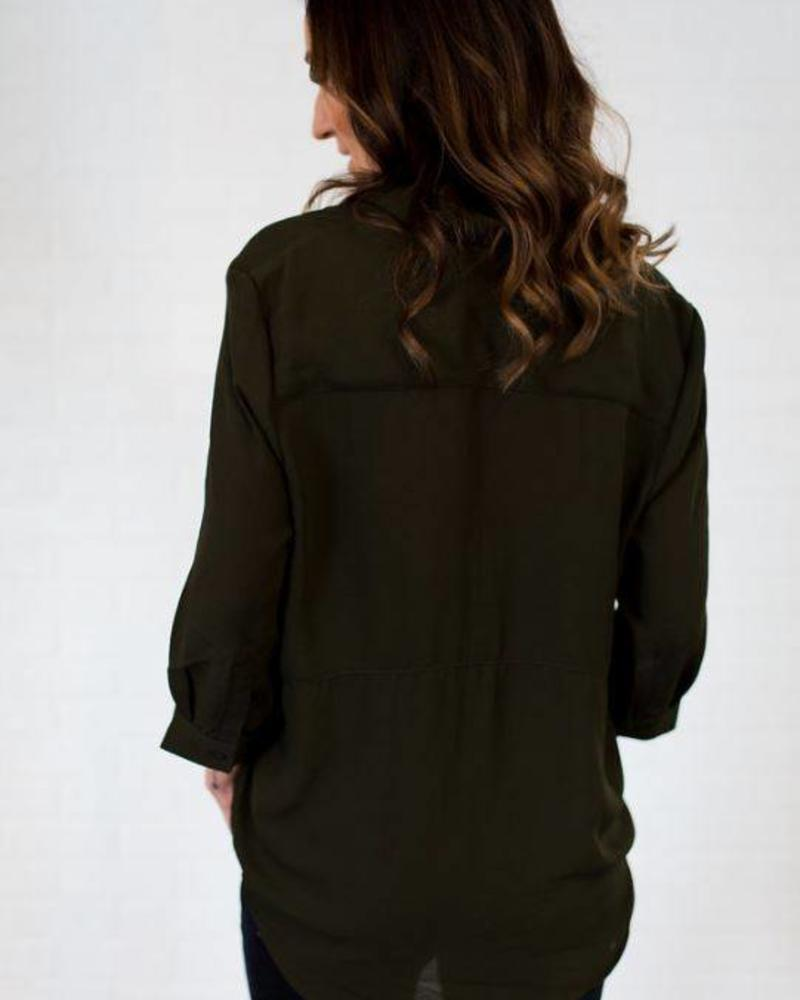 3/4 Sleeve Open Collar Pullover Blouse