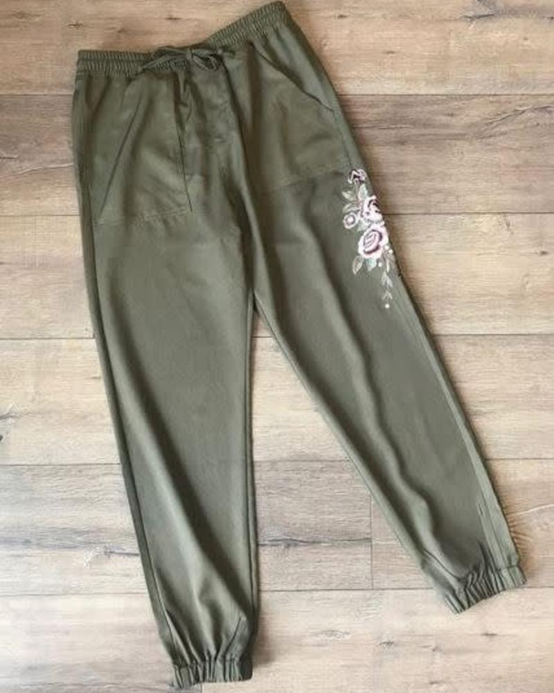 Floral Embroiderd Joggers