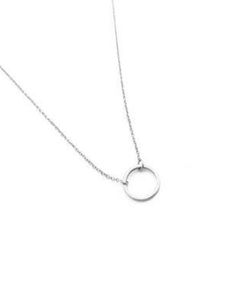 Circle Necklace / Rhodium Plate