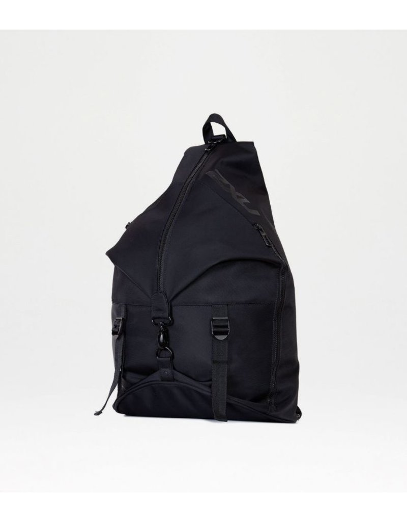 2XU STUDIO BACKPACK