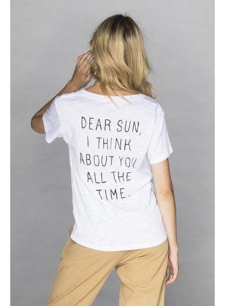 CHRLDR Dear Sun V Neck