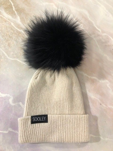 Sooley Designs Cashmere Hat (Large Pom)