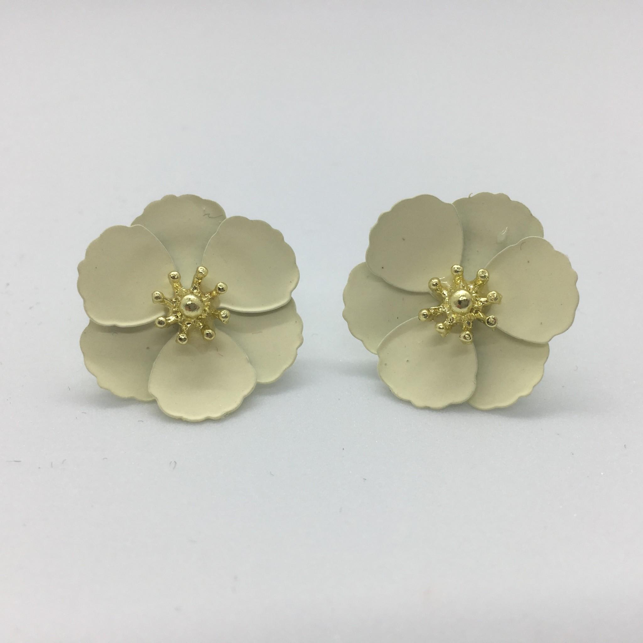 Sooley Designs Small Jasmine Flower Earrings