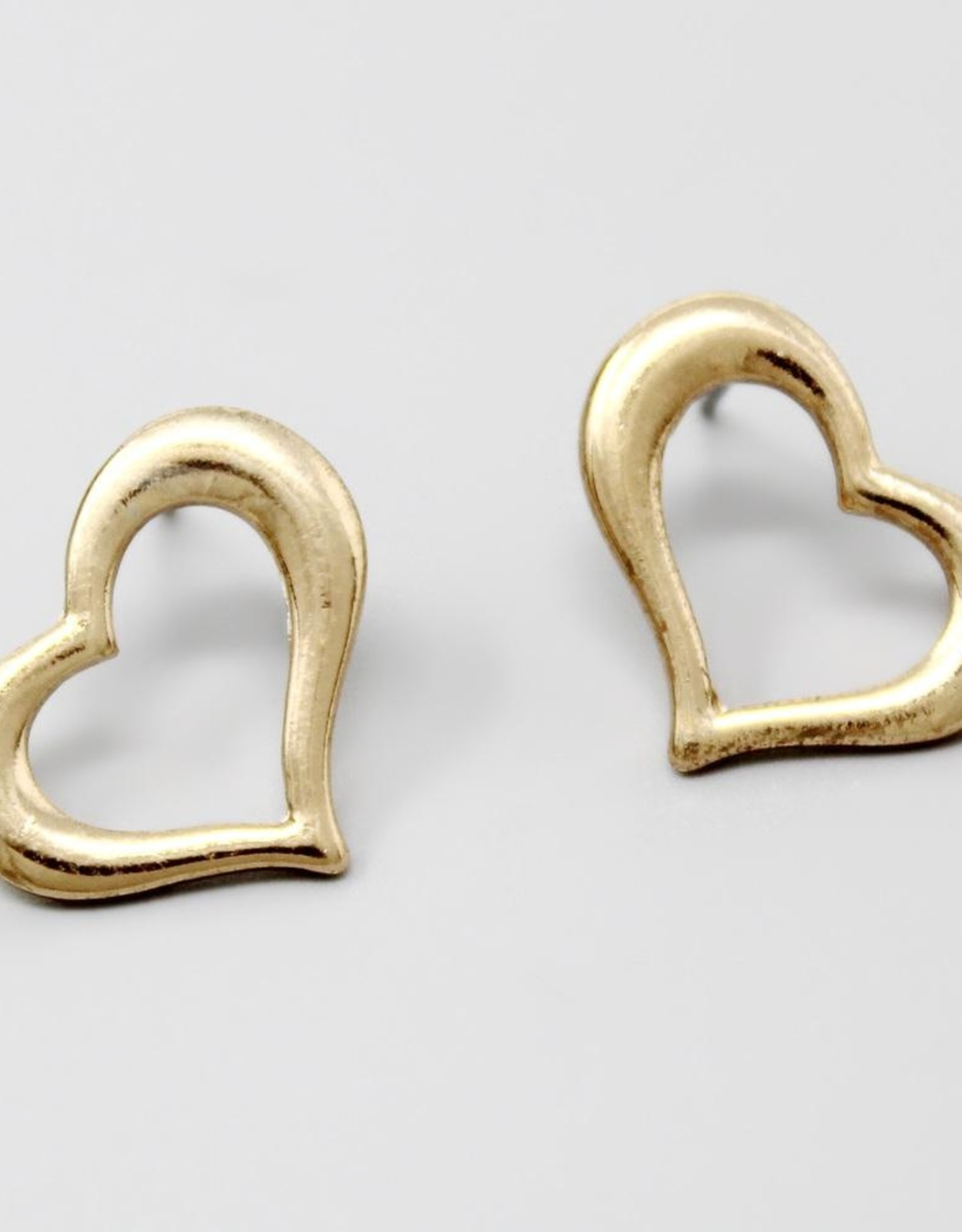 Heart Outline Stud Earrings