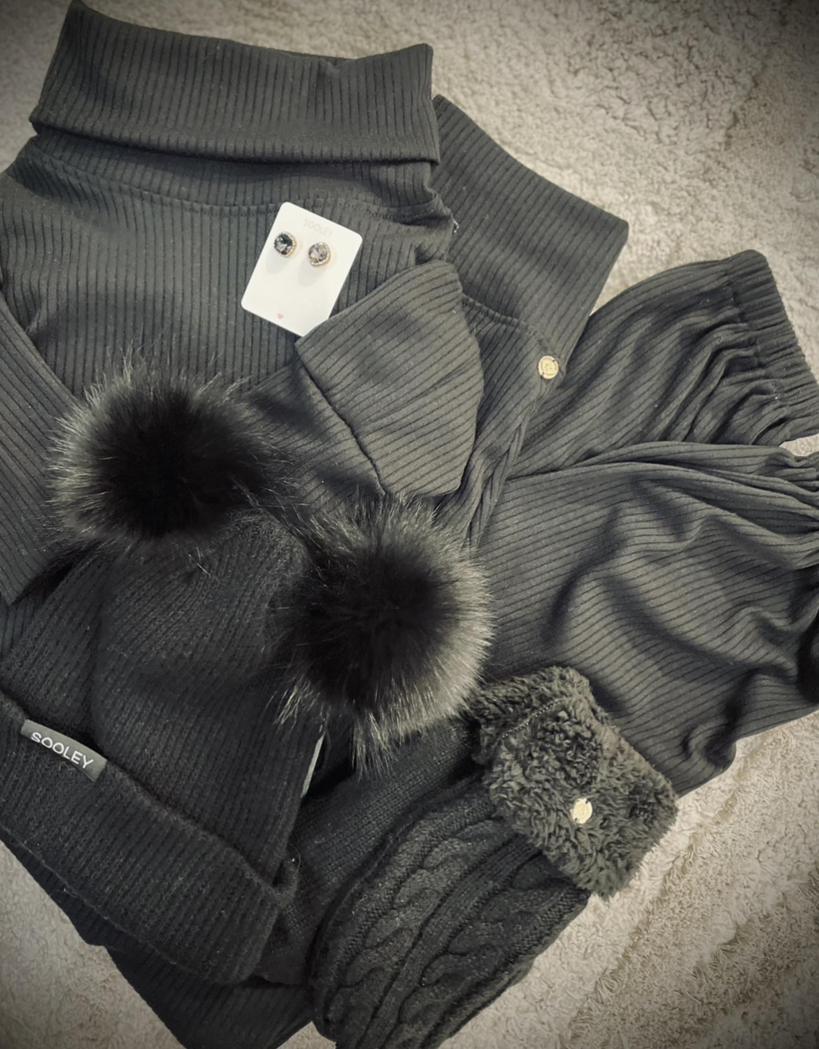 Knit Mittens - Black