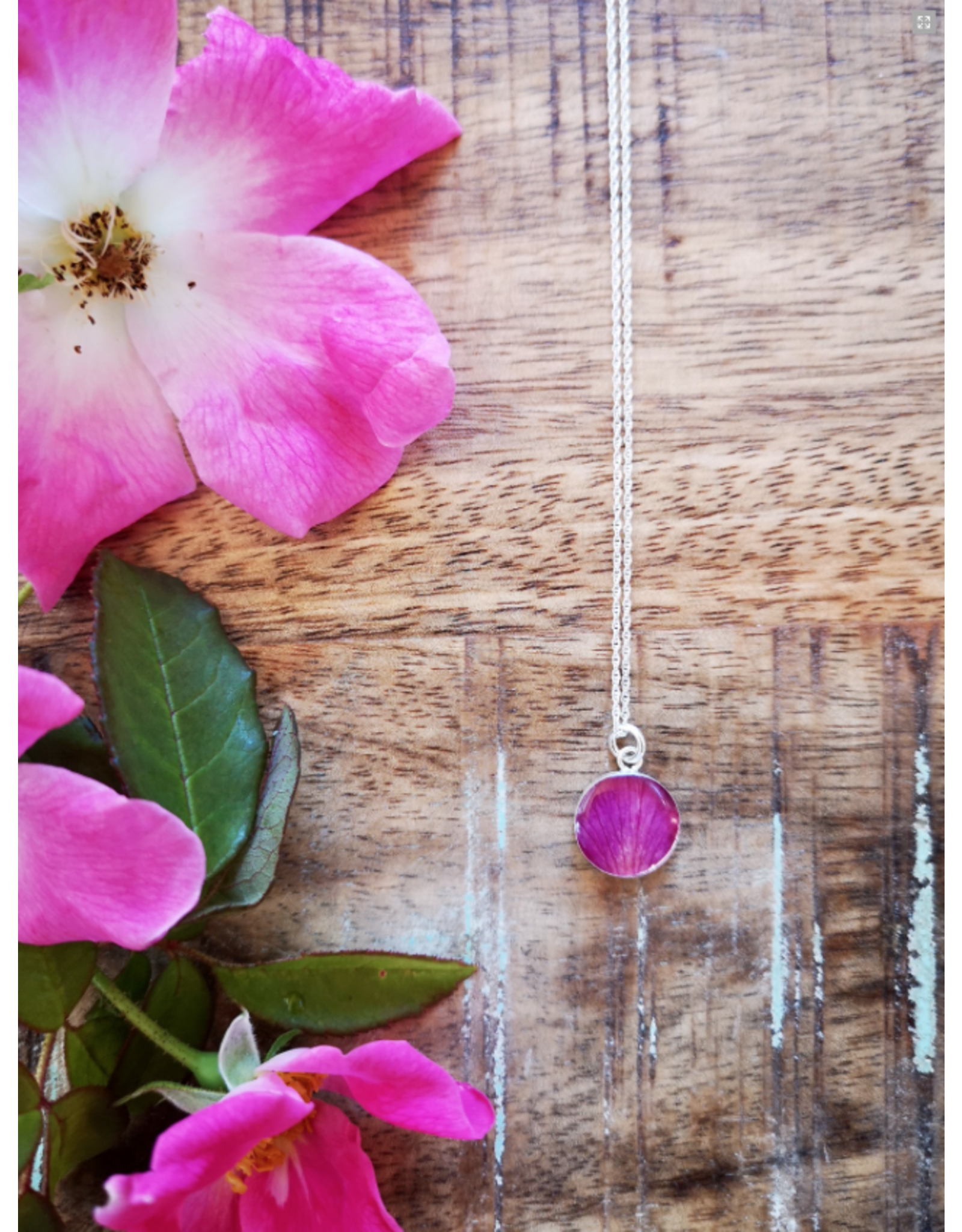 Alberta Wild Rose Silver Necklace 12mm - AB0112S