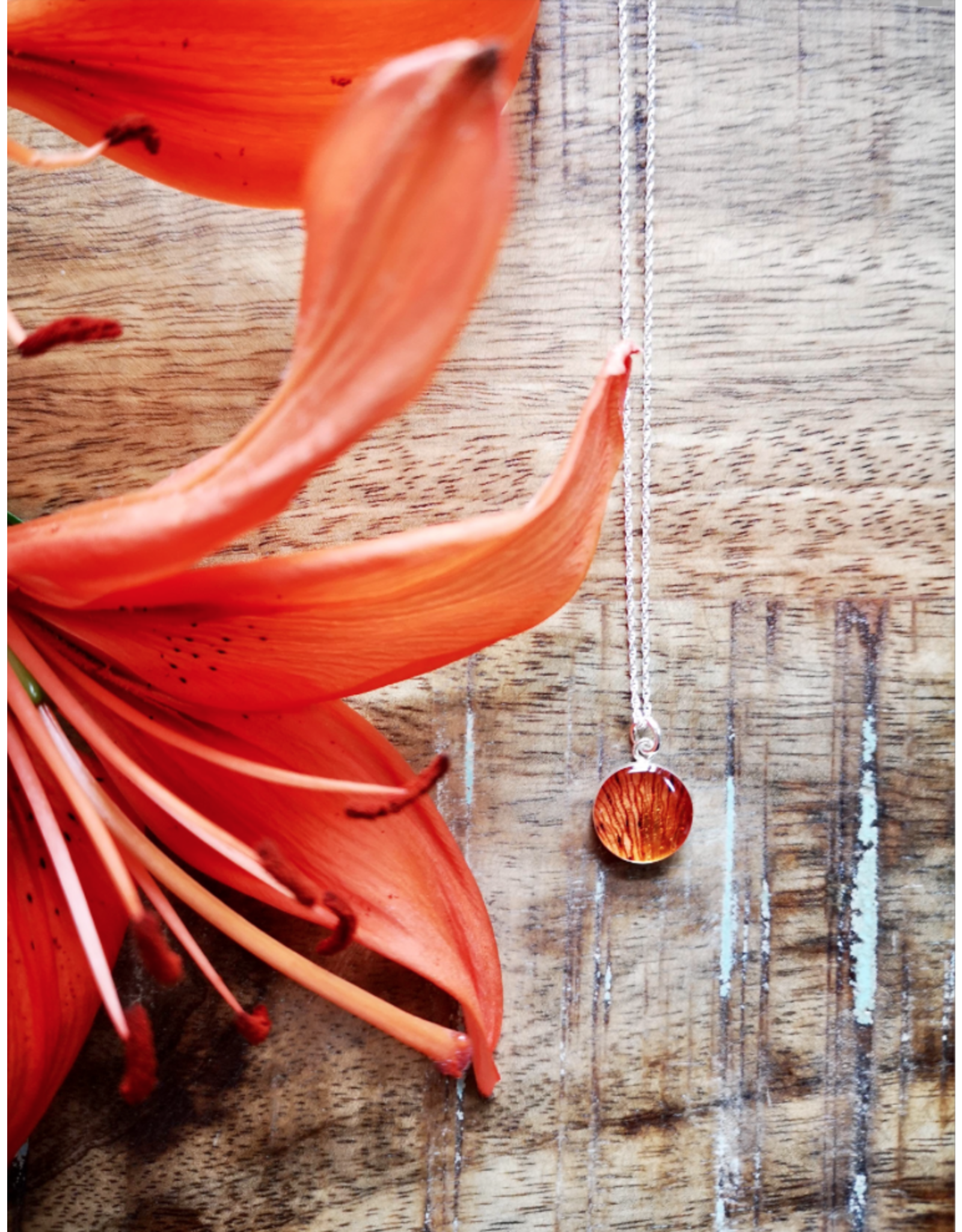 Tiger Lily 12mm Silver Necklace -SK0112S
