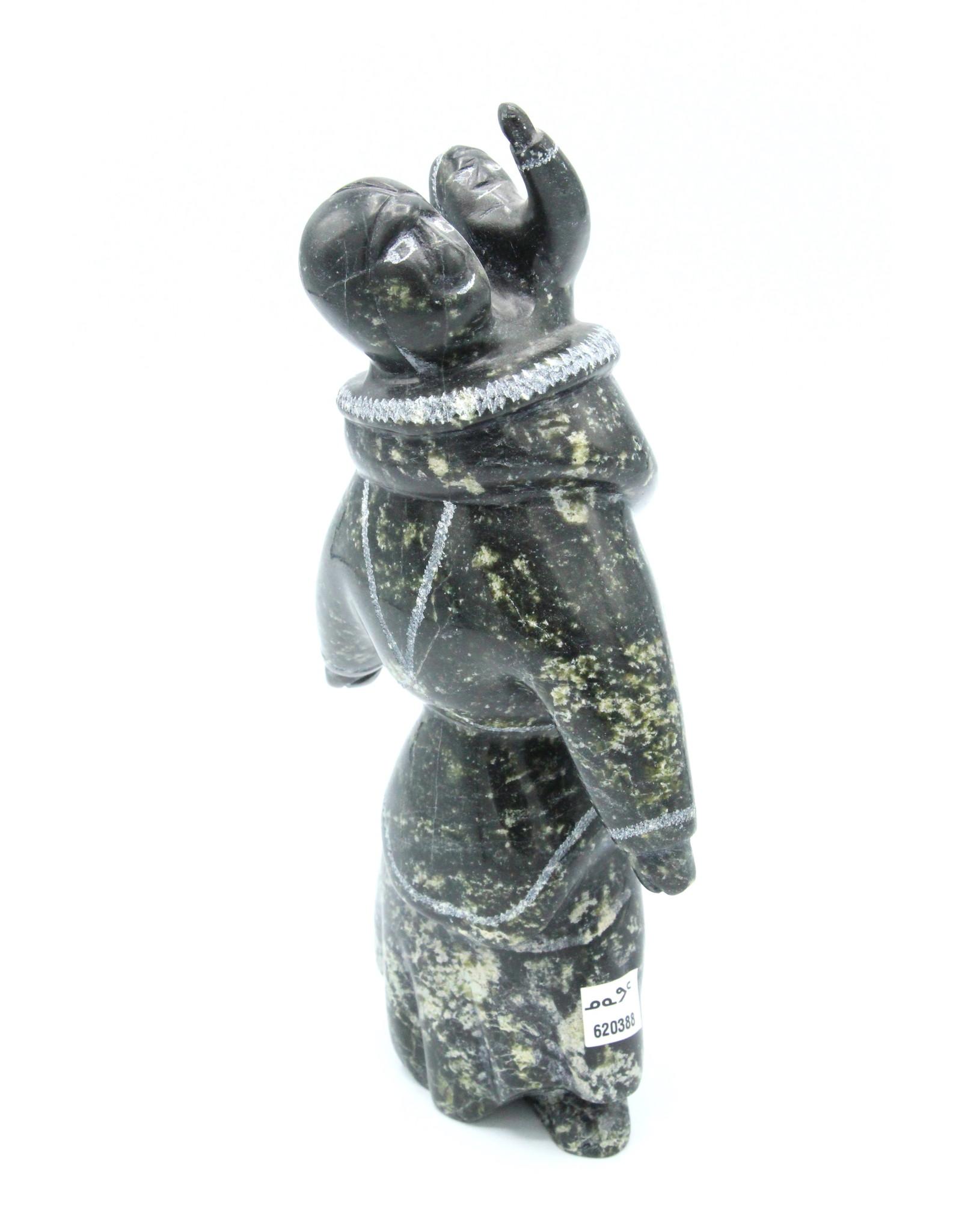 109-620388 Mother & Child par Mary Oshutsiak