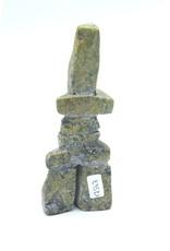 17347 Inukshuk par Gi Etungat