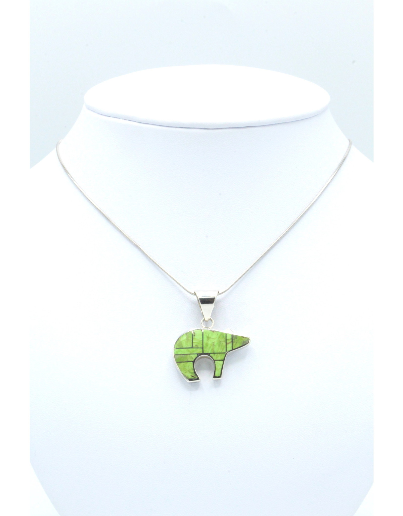 Medium Bear Pendant Gaspeite - MBP21