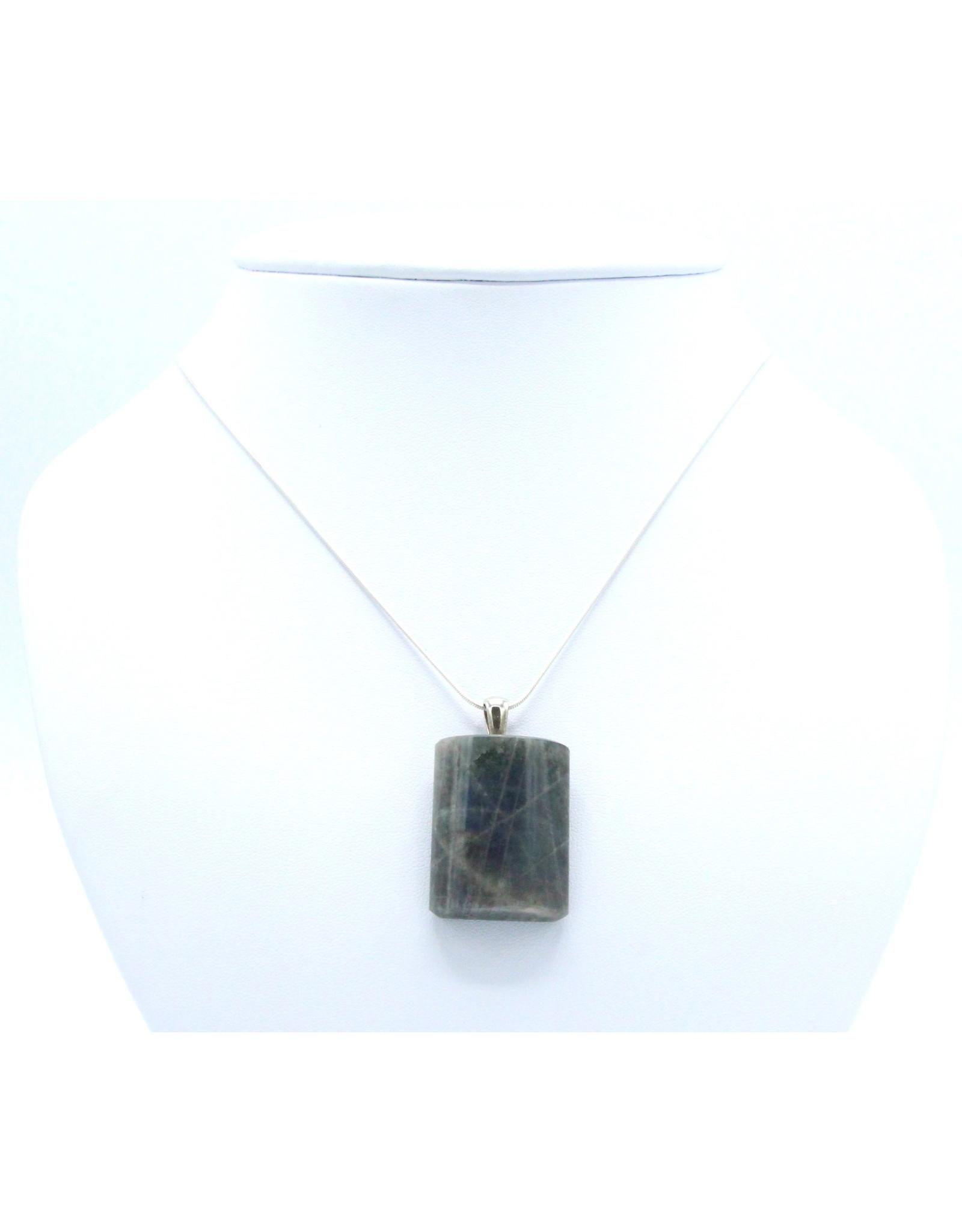 Labradorite Pendant - 2