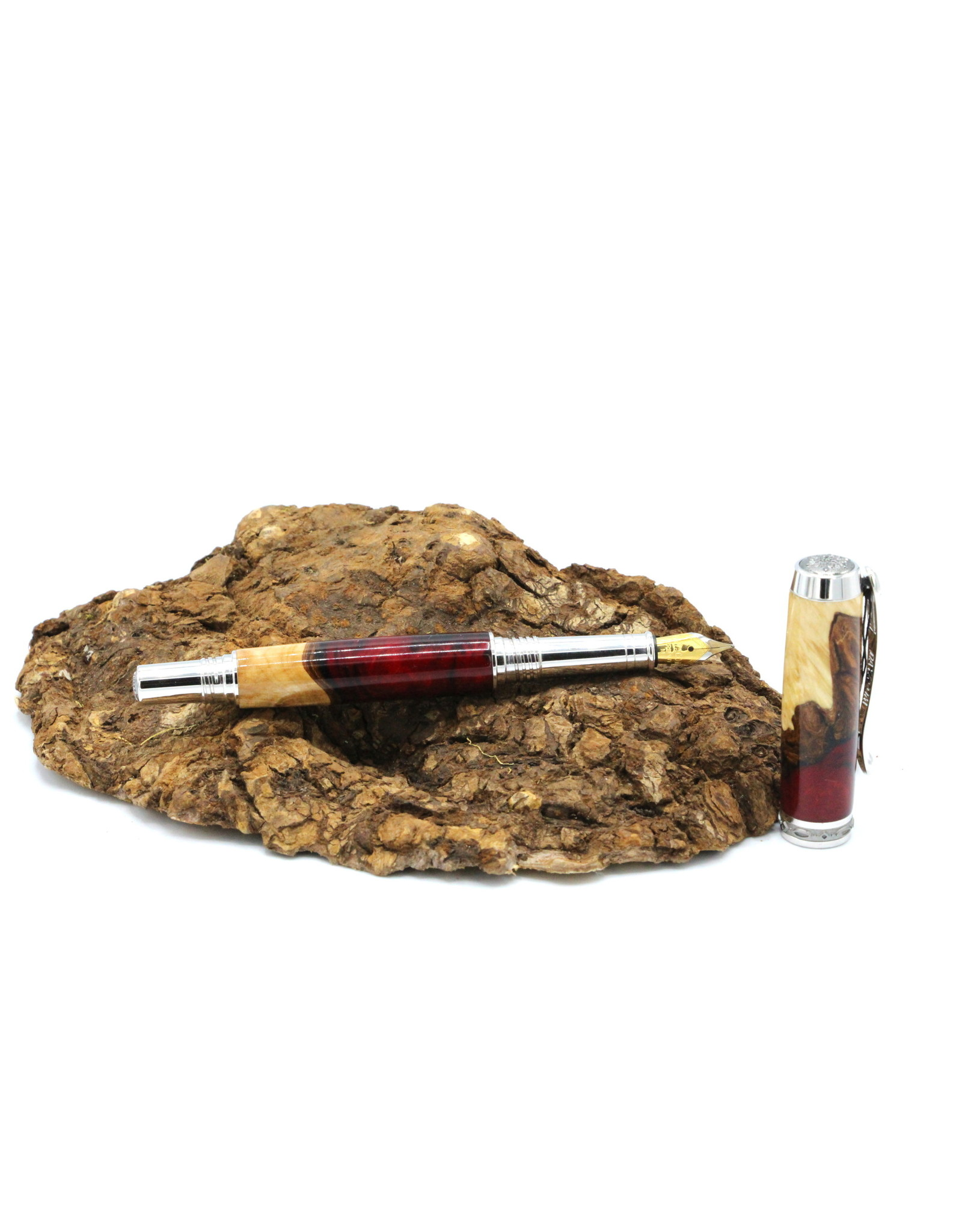 Maple Fountain Pen - Berezia Fusion Red Chrome