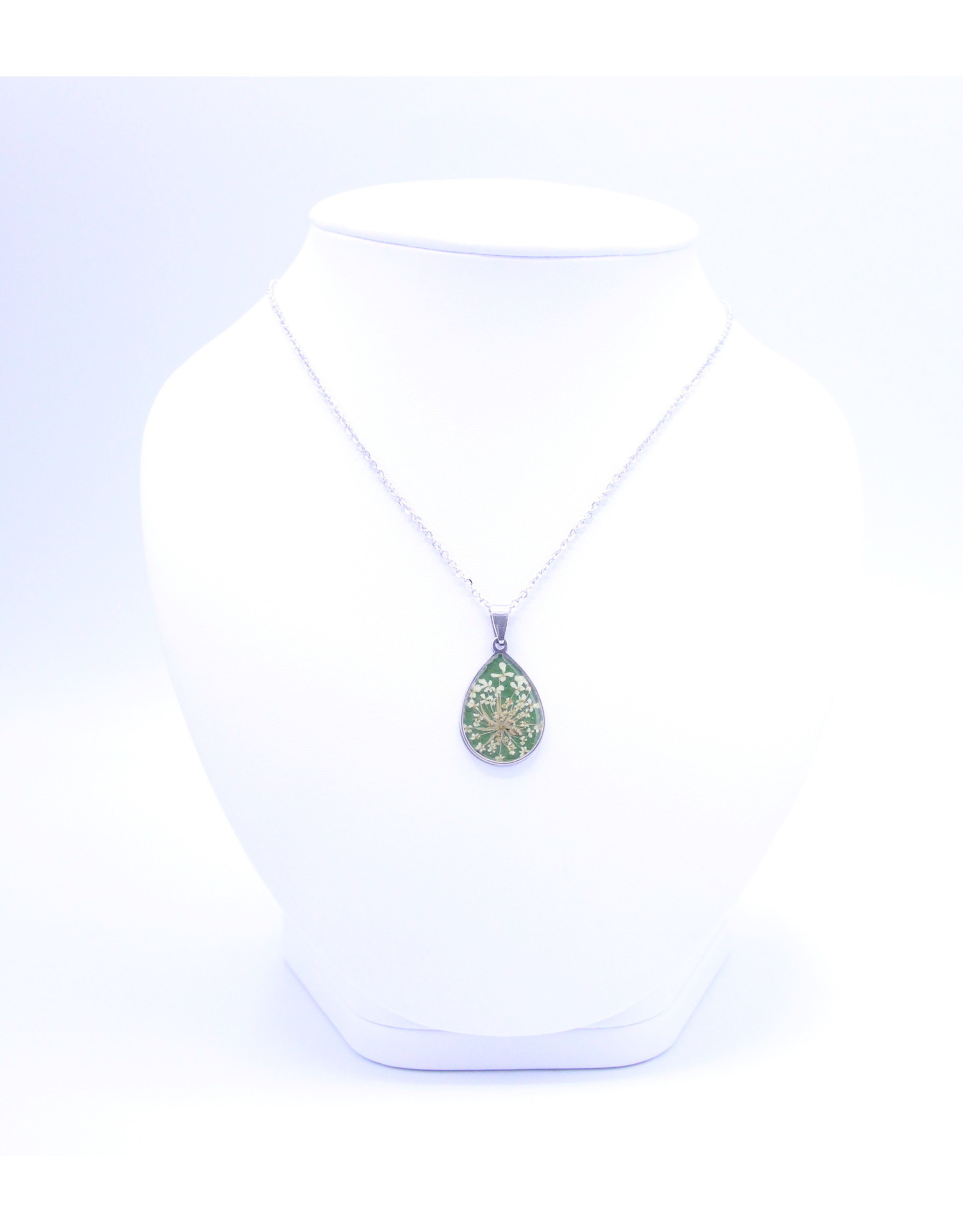 25mm Queen Anne's Lace Necklace Green - N25QAG1