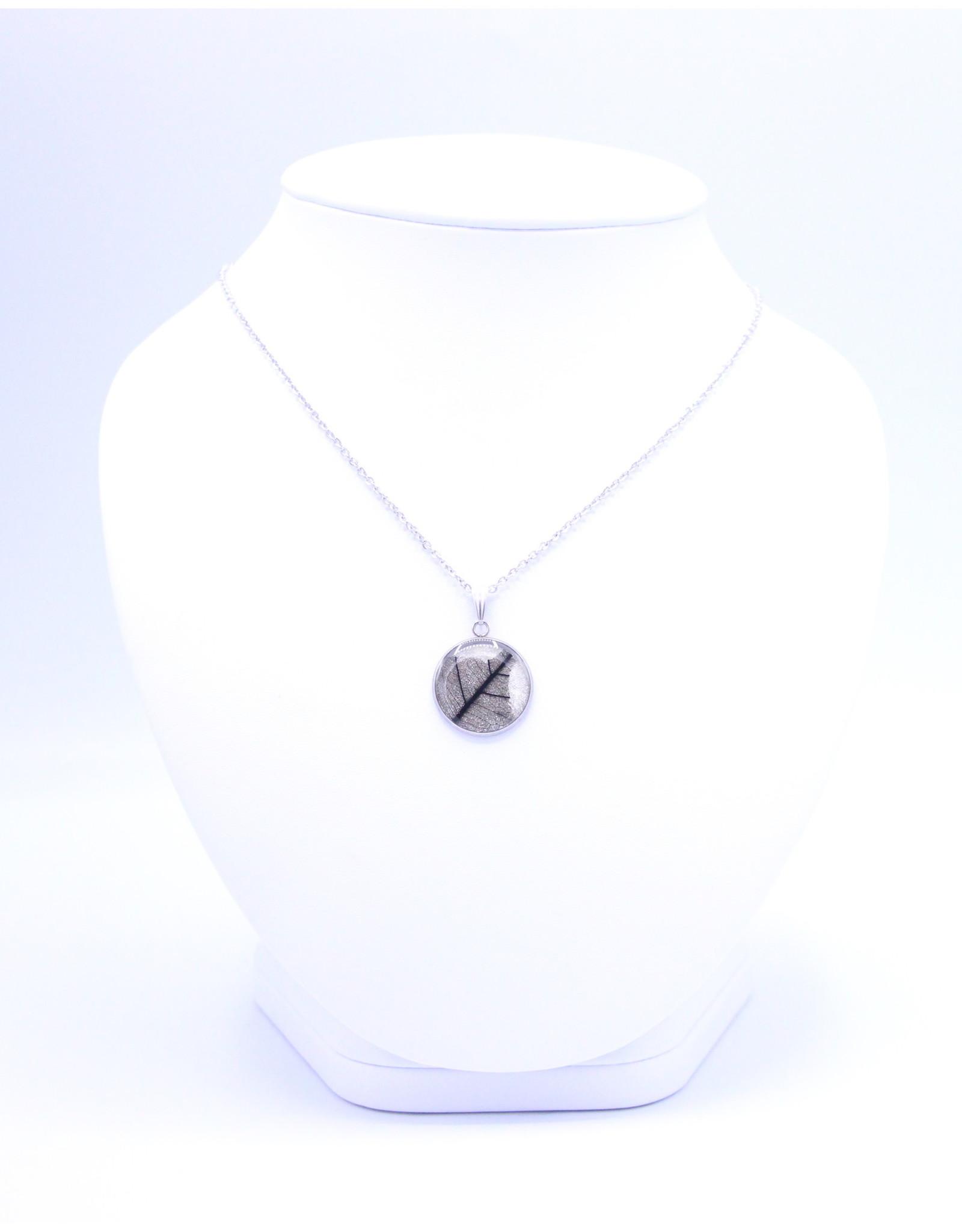 20mm Skeletized Leaf Necklace - N20SL1