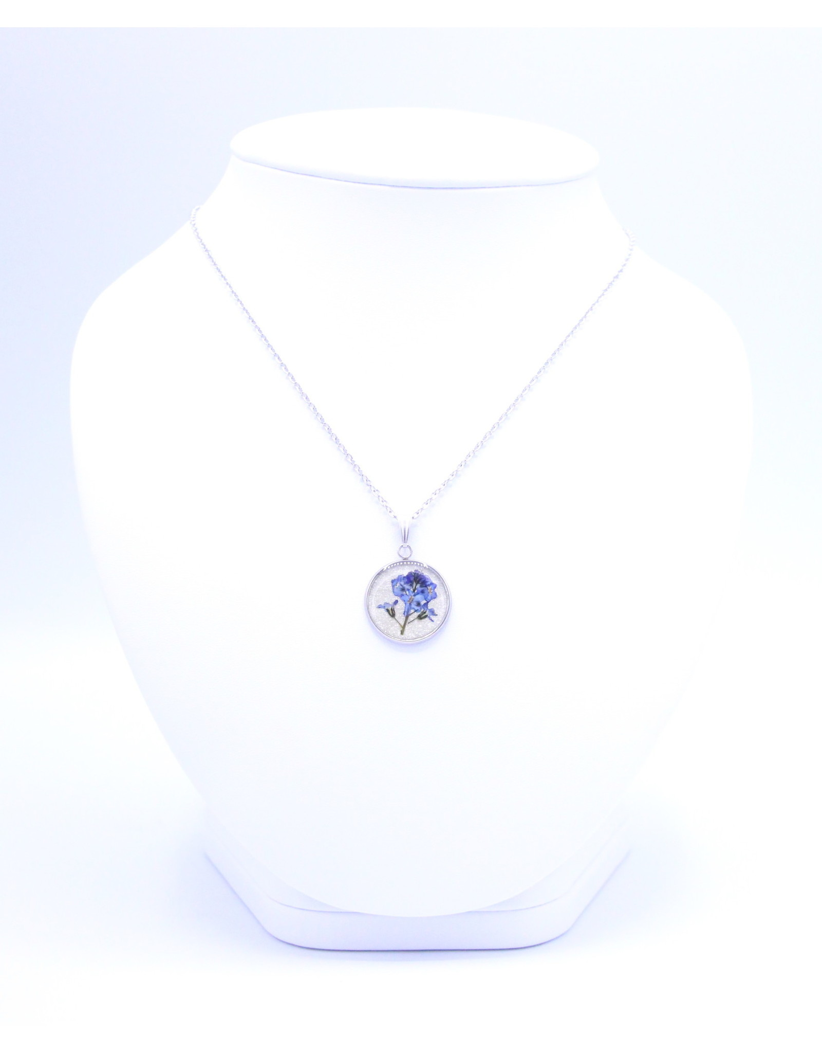 20mm Forget Me Not Necklace - N20FMN3