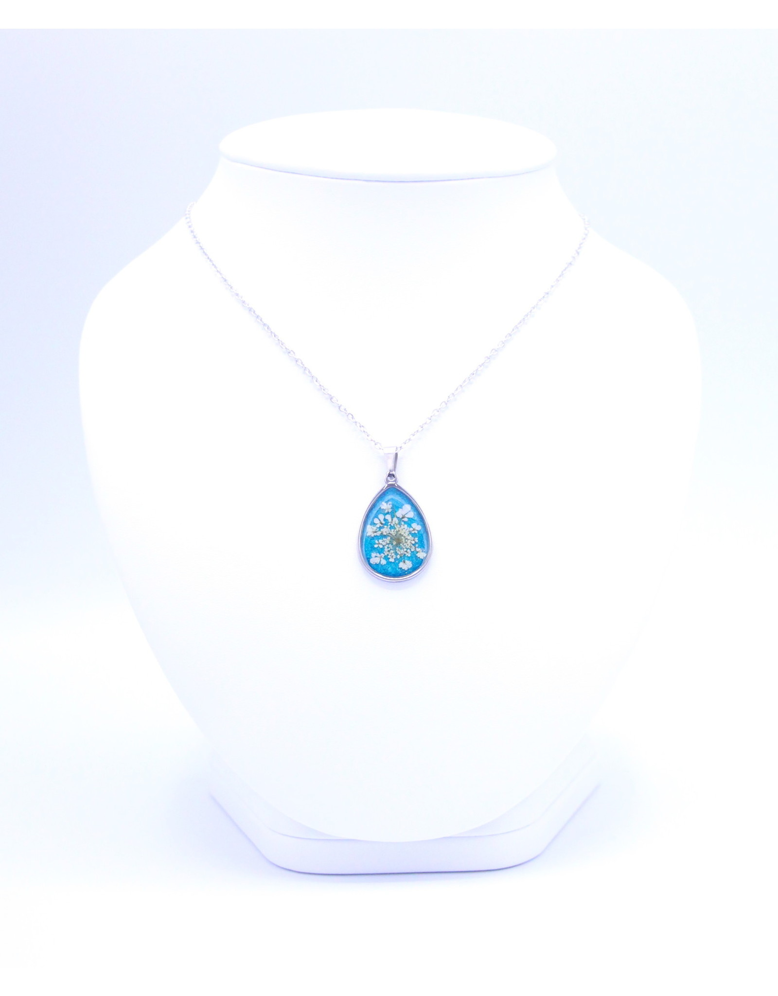 25mm Queen Anne's Lace Necklace Blue - N25QAB3
