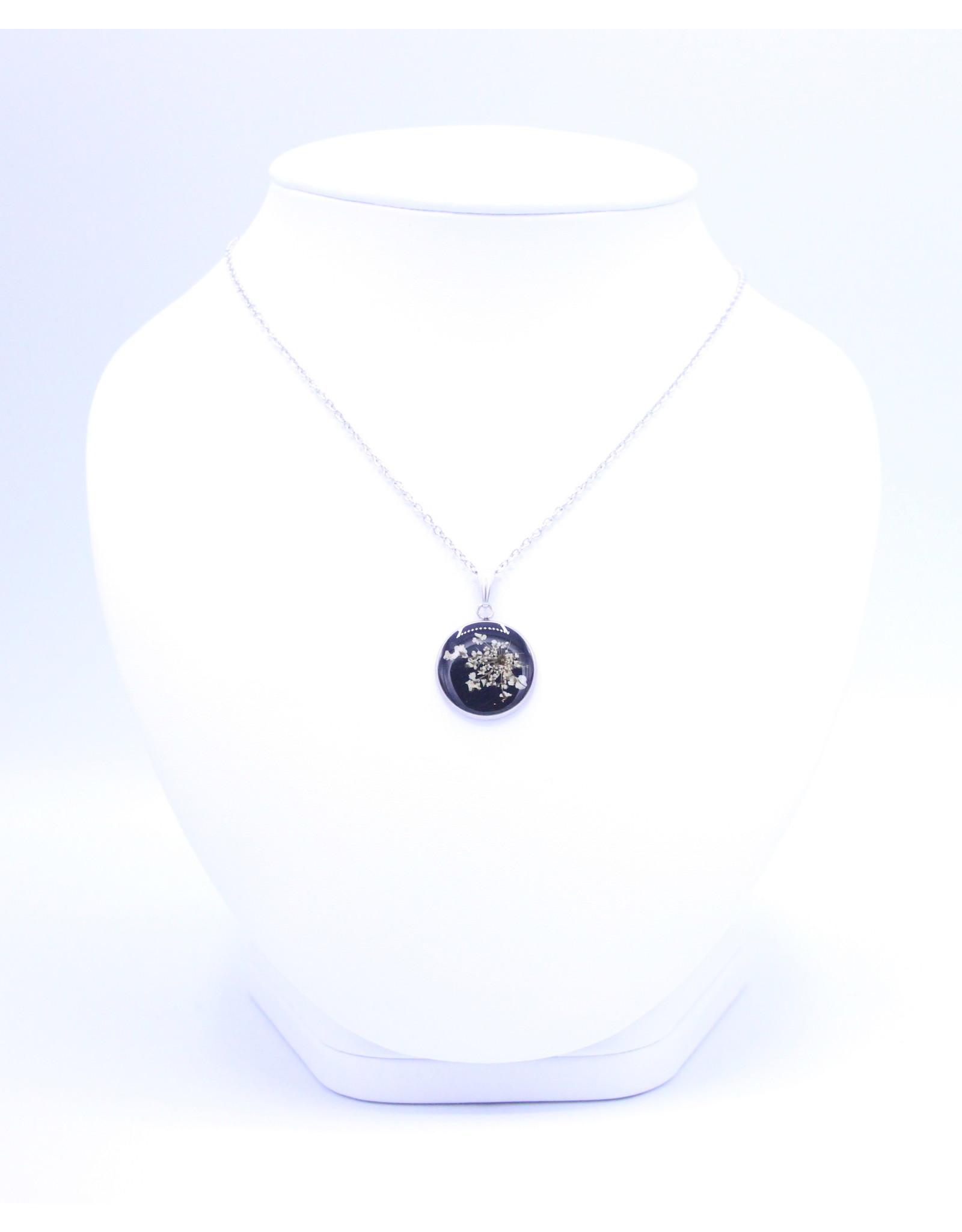 20mm Queen Anne's Lace Necklace Black - N20QABK1