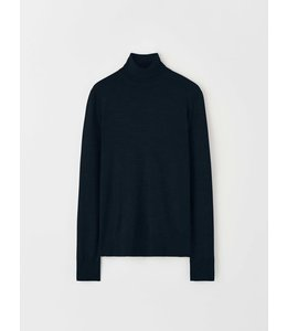 TIGER OF SWEDEN NEVILLE TURTLENECK - NAVY -