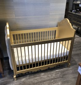 Hilary Crib with Tufted Panels  - Premium Finish