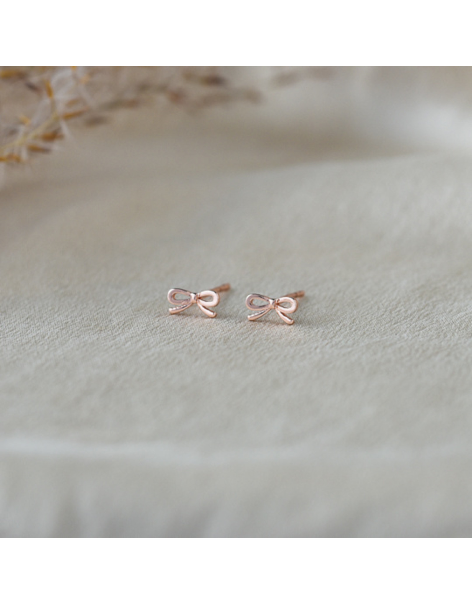 Z Supply - Bow Studs (2 colours)