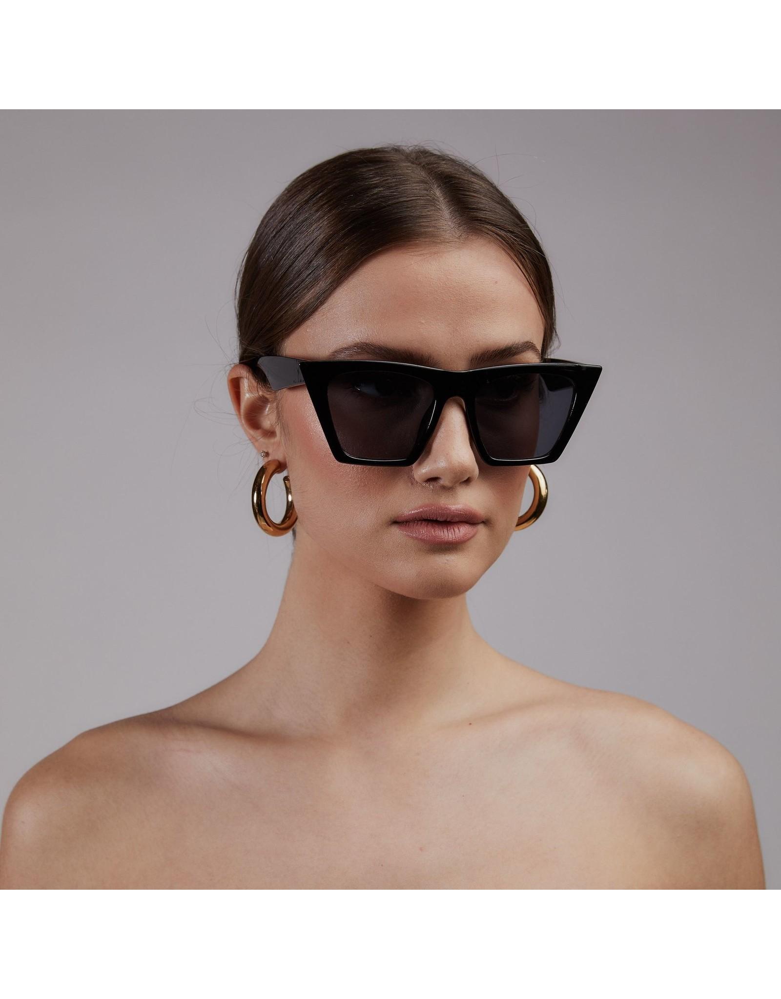 Shady Lady - Nicole Sunglasses