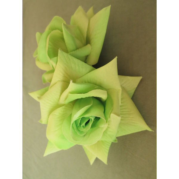 Rose Hair Clip Green 2 x
