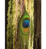Rose Nostalgia (Peacock) yarn falls