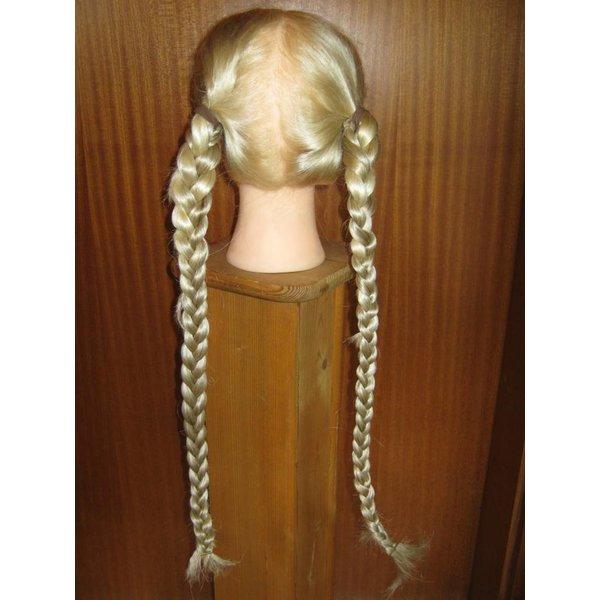 Braids 2 x S size, wavy hair