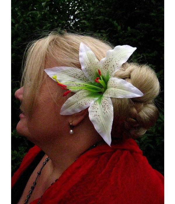 Lily hair flower 2 x