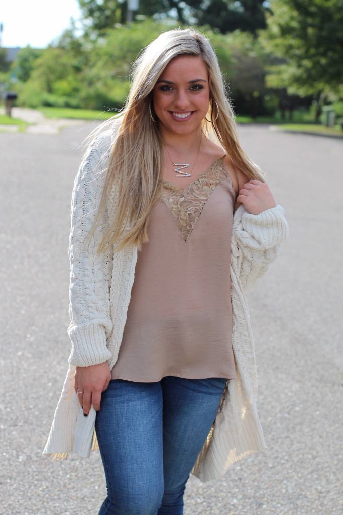 CHUNKY OPEN FRONT CABLE KNIT