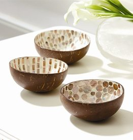 TOZAI Natural MOP Lacquered Coconut bowls